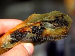 cuisiner aubergine a la poele mets gourmandises samoussa au caviar d aubergine