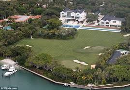 tiger woods house wenn com tiger woods bought a 60 million mansion following his