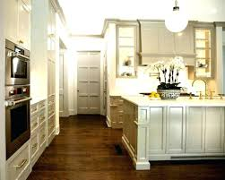 kitchen cabinets without crown molding kitchen cabinet moulding kitchen cabinet crown molding for make them