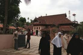 8th century kerala mosque allows to visit for the