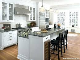 cuisine avec ilot central pour manger ilot central de cuisine pour manger rayonnage cantilever