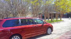 toyota minivan toyota sienna 2017 is the minivan for those who minivans