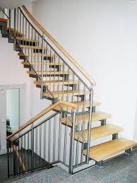 treppen aus metall metall holz treppen