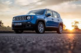 classic jeep renegade living with the off road ready jeep renegade longitude
