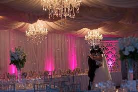 your special day awesome with these amazing wedding decorations
