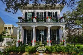 decorating historic homes gonola top 5 christmas decorations in new orleans