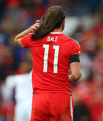 gareth bale hairstyle photos gareth bale lets his hair down during wales disappointing 1 1