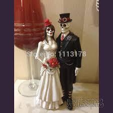 skull wedding cake toppers cheap horrible wedding cake topper skull and