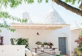 Italian Interior Design Italian Interiors A Design Trullo In Puglia In Total White