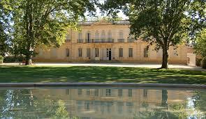 chambre d hote lancon de provence chambres au chateau location à 20 km d aix en provence chambres