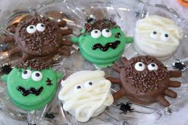 spooky cakes for halloween crazy for cookies and more spooky halloween cookies