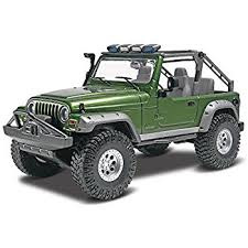 jeep model kit amazon com revell jeep wrangler rubicon plastic model kit toys