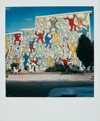 why this 30 year old keith haring mural was never meant to last polaroid and mural by keith haring we the youth philadelphia mural 1987