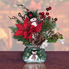 christmas table flower arrangement ideas 105 best christmas flower arrangements images on pinterest