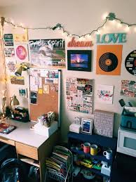 Dorm Room Pinterest by Dorm Room Wall Decor Ideas Best 25 College Walls Ideas On