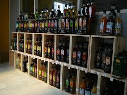cave a vin sous sol 25 best armoire à vin casier métallique bouteilles cuisine