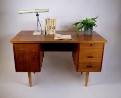 vintage bureau vintage bureau uit de jaren 60 verkocht retroloes