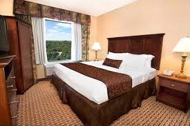 grand plaza family rooms first class cheap hotel in branson