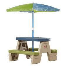 kidkraft nantucket 4 piece table bench and chairs set the kidkraft nantucket kid s 4 piece table and chair set is