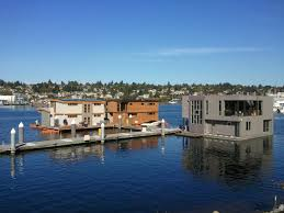 Sleepless In Seattle Houseboat by Seattle Floating Homes For Sale Inventory Is Low Seattle Afloat