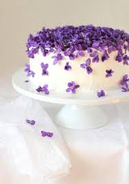 edible cake decorations fabulous ideas for cake decoration with edible flowers