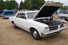 Top Muscle Cars - top 1960s classic or muscle cars real people can afford cool