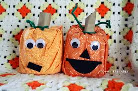 halloween crafts with toilet paper rolls laura williams