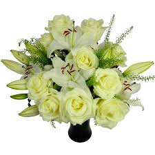Lily Bouquet White Roses And Lilies Free Uk Delivery Post A Rose Flowers