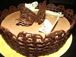 comment cuisiner un gateau au chocolat comment faire un contour en chocolat pour un gâteau ça ne sent pas