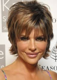 lisa rinna weight off middle section hair lisa rinna mature hairstyles hair pinterest lisa rinna