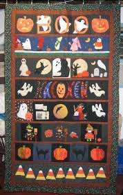 238 best halloween quilts images on pinterest halloween quilts