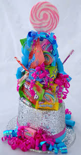 Candy Themed Centerpieces by Candyland Sweet16 Decorations Sweet Sixteens Pinterest