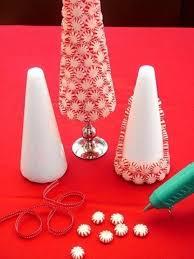 idee deco pour grand vase en verre 14 idées faciles pour décorer votre table de noël avec des bonbons