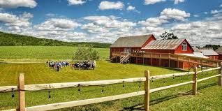 Barn Weddings In Upstate Ny Wedding Barn At Lakota U0027s Farm Weddings Get Prices For Wedding Venues