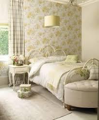 Floral Bedroom Ideas 96 000013759 1ade Orh550w550 Floral Wallpaper Bedroom Country 25