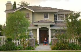 modern family house phil and claire dunphy s modern family house for sale