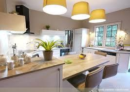 cuisine moderne bois clair cuisine en u moderne d couvrez nos 84 jolies propositions pour