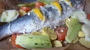 cuisiner un saumon entier saumon entier cuit en papillote recette par