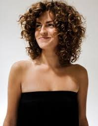 shoulder length curly hairstyles with layers hairstyle picture magz