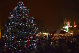 christmas tree lighting milwaukee the top things to do in milwaukee in december