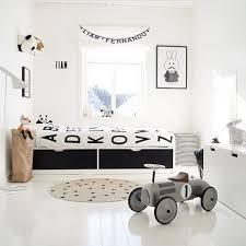 chambre bébé noir et blanc chambre enfant noir et blanc lovely market les trouvailles de