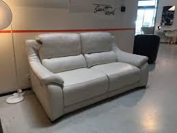 canap haut canapé de relaxation en cuir degano slim toulon ligne roset
