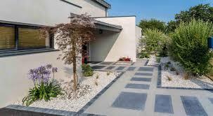Amenagement Parterre Exterieur by Idee Deco Exterieur Maison Decoration De Jardin Zen Exterieur