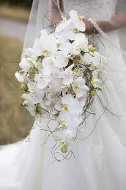 wedding flowers calgary bridal bouquets calgary wedding flowers philip chong flower bar