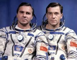 spaceflight mission report soyuz tm 8