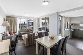 apartment 3 bedroom hotels bowen hills 1 2 3 bedroom apartments at oaks mews
