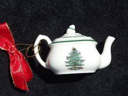 tree pattern china ornaments teapot and doll