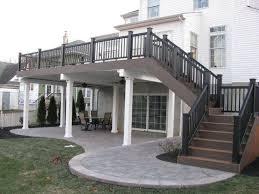 Back Yard House Best 25 Hillside Deck Ideas On Pinterest Sloped Backyard