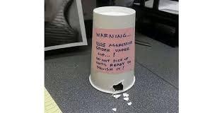 blague de bureau 10 blagues de bureau hilarantes à faire à vos collègues wix com