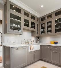 peinture d armoire de cuisine 10 idées pas chères pour rever ses armoires de cuisine